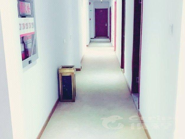 句容恒8连锁酒店长途汽车站店