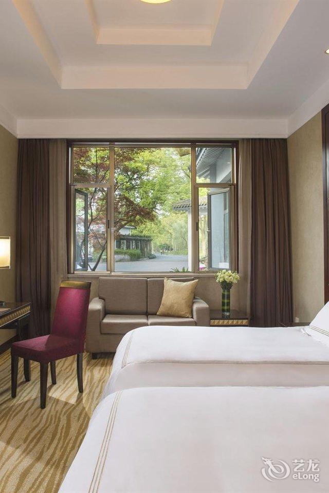 邓爷评论杭州西湖国宾馆:房子蛮老的 隔音效果不.
