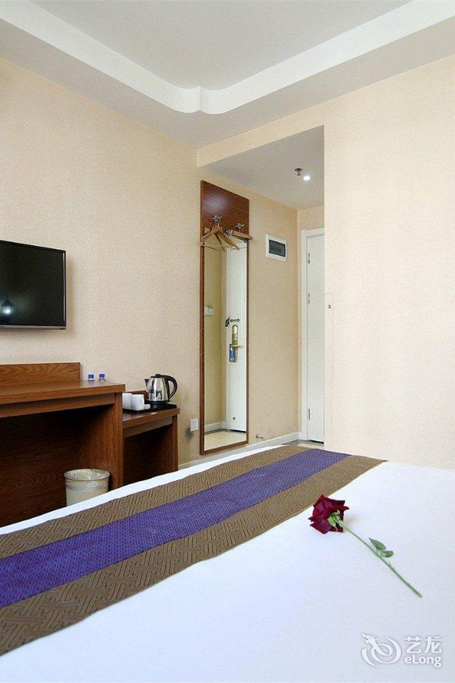 首页 酒店点评 > 长海绿岛宾馆点评  大长山岛环海路148号 3.