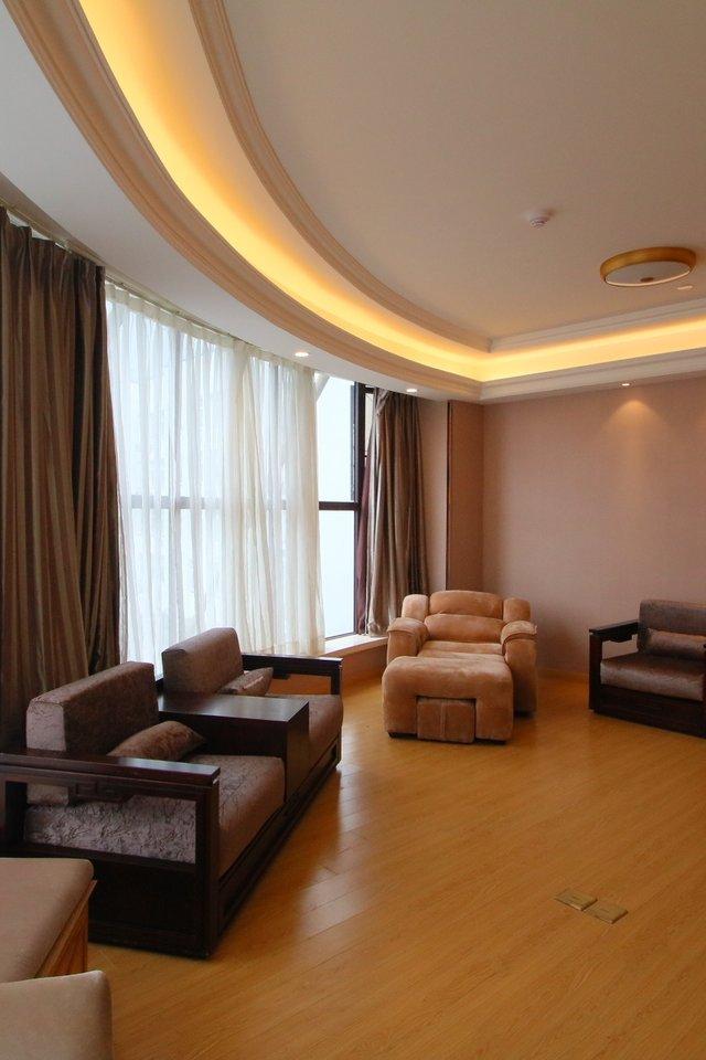 维也纳国际酒店(上海松江开发区店)商务套房
