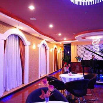 博尔塔拉中亚大酒店