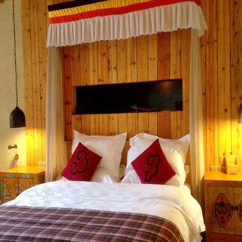 Blossom Hill Inn Shangri-La--Guest Room picture