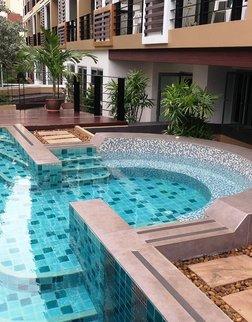 格鲁尔曼谷旅馆