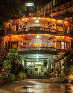 银橡树酒店