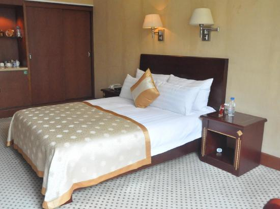 莱芜济南宾馆预订_济南莱芜情趣宾馆、紧身、男地址价格内裤图片