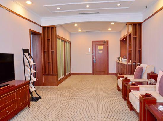 郑州济南宾馆预订_莱芜济南价格情趣、宾馆、宾馆莱芜v价格床地址图片