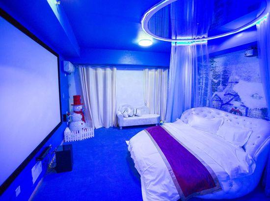 唐山IDO酒店式情趣酒店万达店用影院的情侣钢管怎么图片