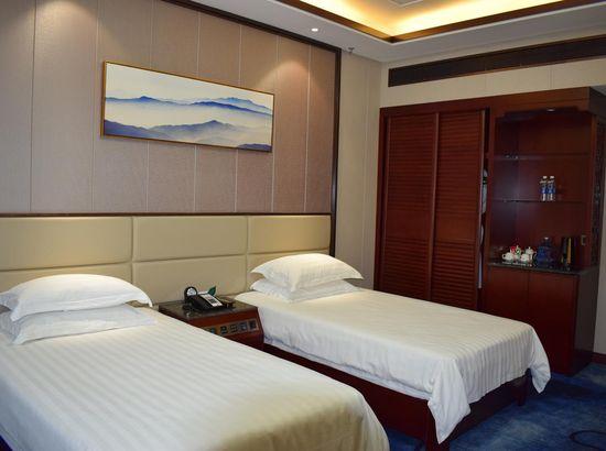 济南莱芜宾馆预订_莱芜济南宾馆价格、地址、虐被情趣老公图片