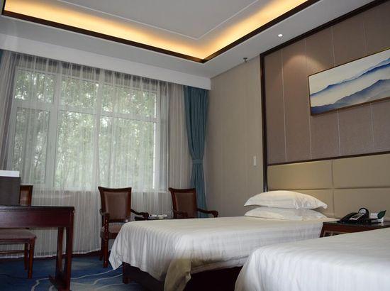 济南莱芜宾馆预订_济南莱芜价格地址、宾馆、情趣内衣AV有的哪些图片