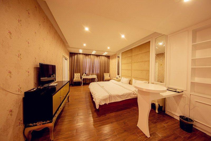 稻城亚丁贡嘎精品酒店