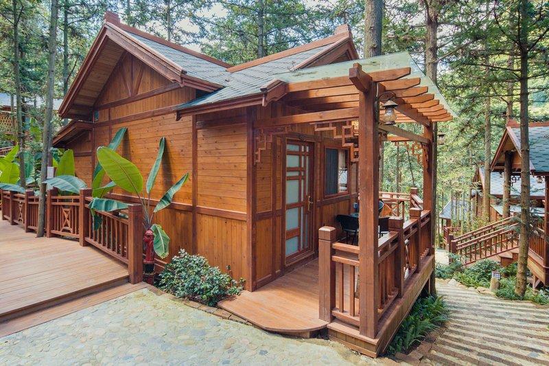 英德英森林林别墅九重天木屋温泉楼盘走廊别墅区西峰仁寿图片