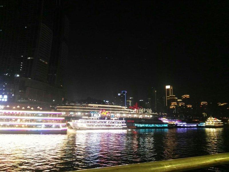 重庆千合智选高空江景酒店家具家电全套图片