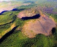 空中俯瞰五大连池:一首壮美的火山诗篇