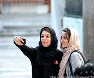 街拍:伊斯坦布尔戴头巾的绝色美女(图)