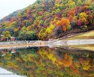 有一个游山玩水的休闲乐园,叫亚布力锅盔山