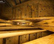 【?#32422;葜信貳看?#19978;老婆去波兰:探秘地下100米的盐矿教堂