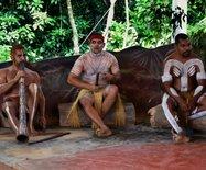 澳洲游记之十八----乘两栖战车游热带雨林?坐简易剧场看土著表演
