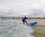 带着60岁老妈冲浪跳伞,阴雨天在澳洲也能玩嗨!