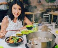 【海南】在三亚竟然这样吃火锅,新摘现砍的椰子火锅你吃过吗?
