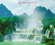 亚洲最大?#30446;?#22269;瀑布,水流量超黄果树三倍,位列中国最美瀑布第二