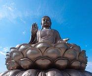原来世界上最高的释迦牟尼坐佛像在东北
