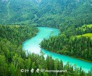 国庆节新疆旅行线路攻略:天山下的来客