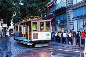 【美国】旧金山运营百余年的铛铛车,古老有趣靠人工掉头