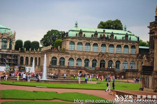 德累斯顿茨温格宫中的倾城美人 图