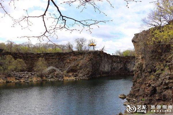 镜泊湖畔吊水楼瀑布,中国北方最壮观的熔岩塌陷瀑布