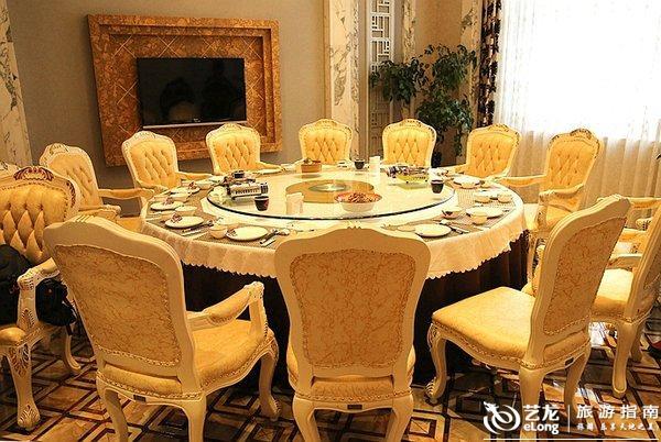 雪乡第一餐:那些装在掉了瓷的搪瓷盘子里的东北菜