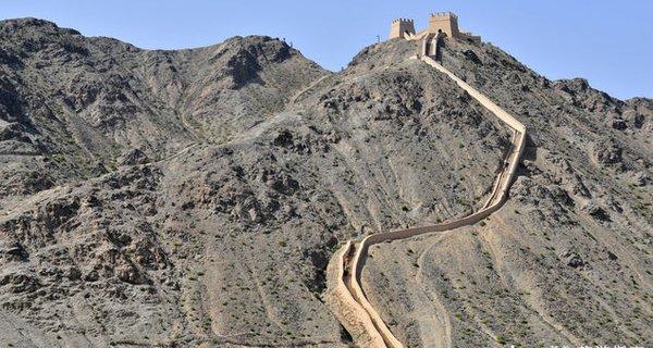 嘉峪关悬壁长城