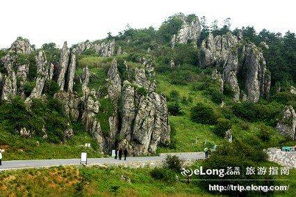 神农架板壁岩
