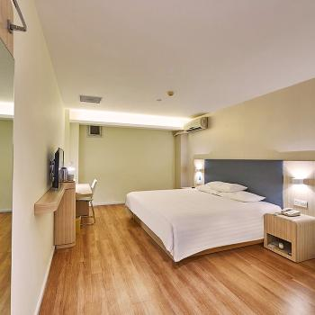 漢庭酒店(南京河西國際博覽中心店)