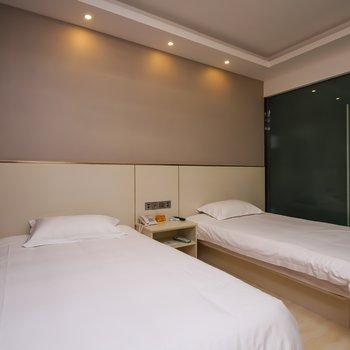 速8酒店(连云港解放东路万达店)