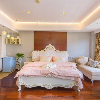 杭州杭州飞花家的公寓