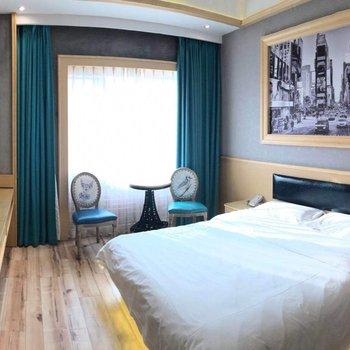 青岛爱舍空间尚溢酒店