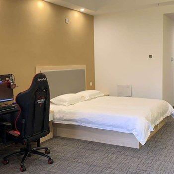 长沙纳维斯主题酒店