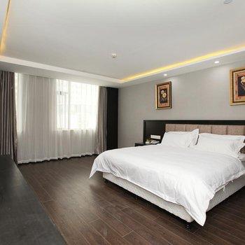 武汉聚安世纪酒店