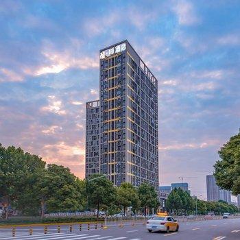 喆啡酒店(武漢歡樂谷仁和路地鐵站店)