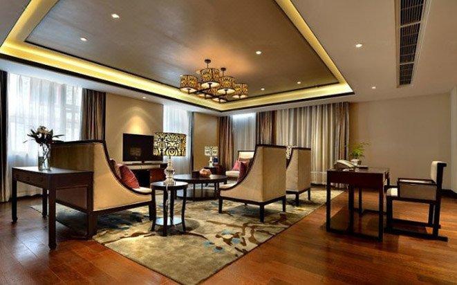 亚丁日松贡布皇冠假日酒店房型