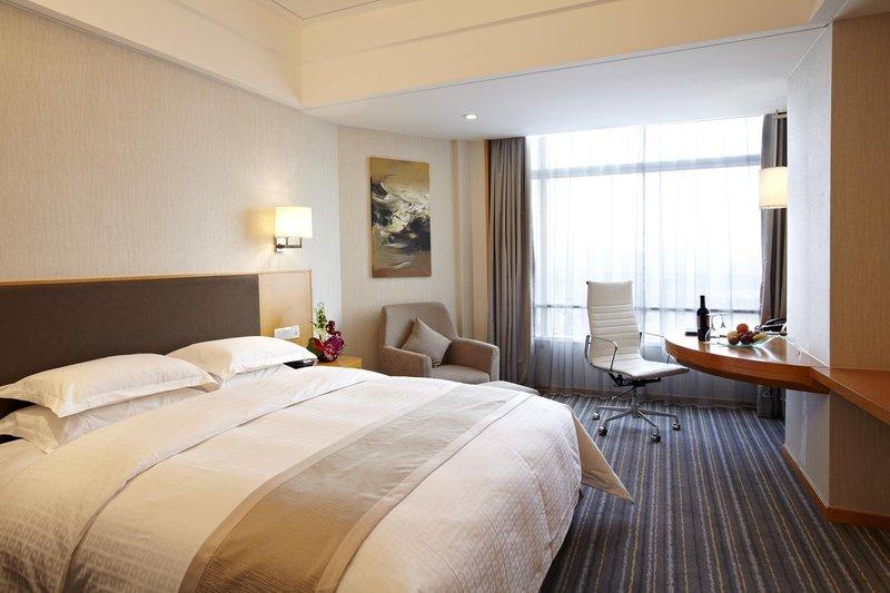Ramada Plaza Shanghai Pudong Airport Room Type