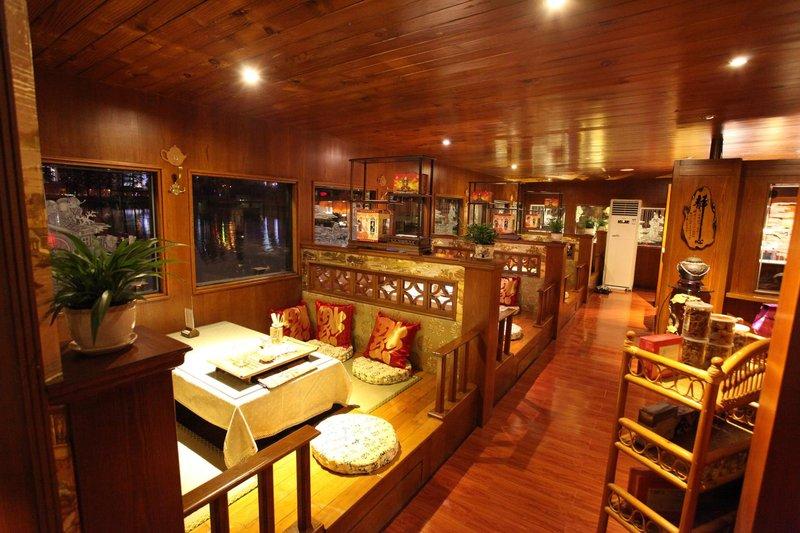 武汉湖滨花园武德楼酒店(原湖滨花园酒店)休闲室