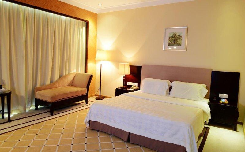 Huizhou Lakefront Golf club and Resort Room Type