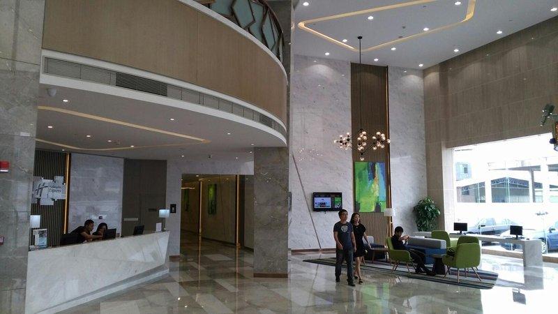 Vyluk蔚徕酒店(广州白云机场店)大堂/接待台