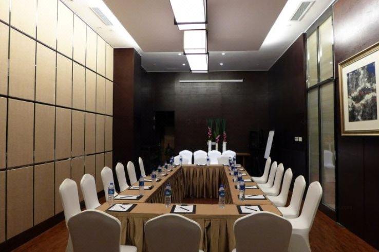 SSAW Boutique Hotel Shanghai Hongkou meeting room