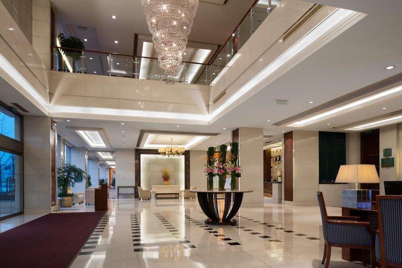 Ramada Beijing North Leisure room