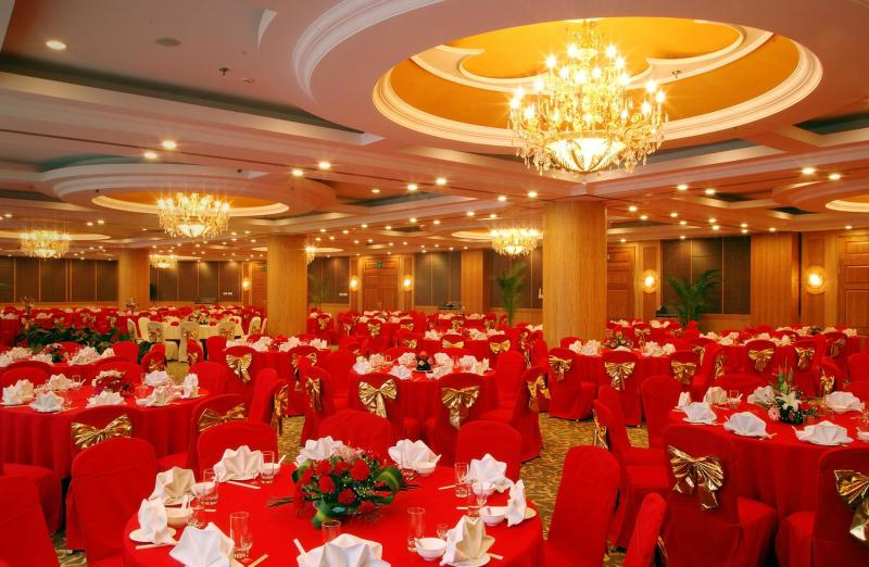 New Gloria Garden Plaza Hotel Restaurant