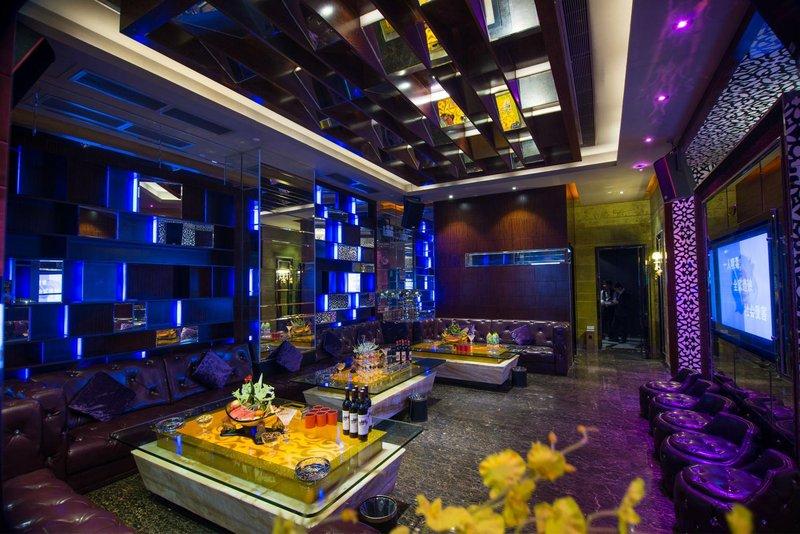 东莞曼佧特国际大酒店 - 休闲室
