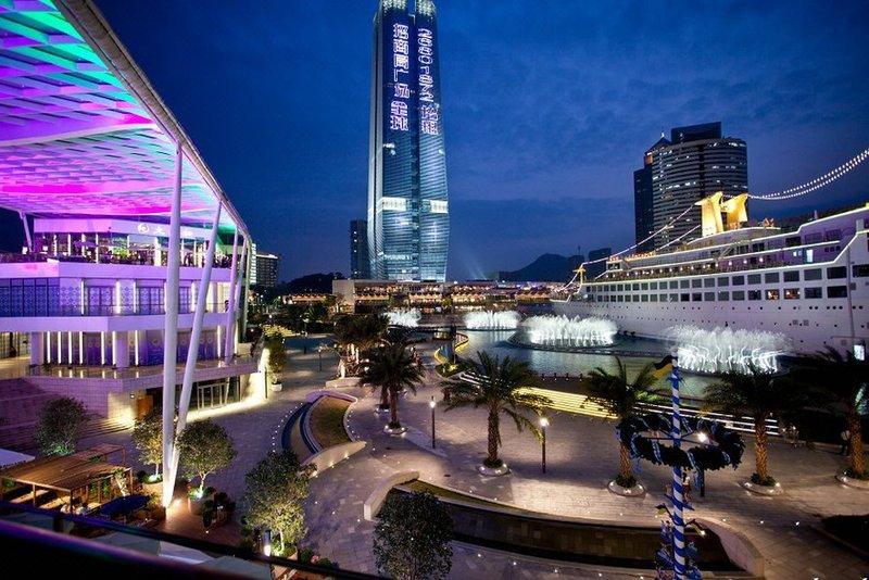 深圳鸿隆明华轮酒店酒店外观