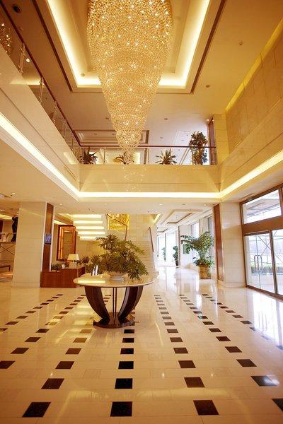 Ramada Beijing North Lobby
